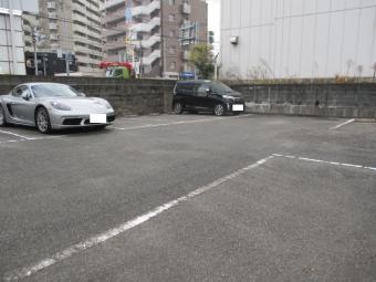 三幸月極駐車場,月極駐車場,福岡市博多区板付1丁目8番42号