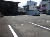 亀井月極駐車場